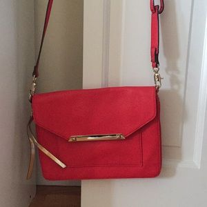 Stella and Dot Tia Crossbody Bag in Poppy Red